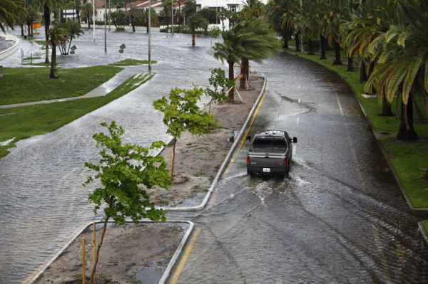 Tampa flooding causes big time sewer drain problems for Rainwater drain problems